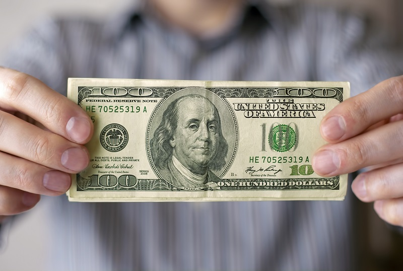 how much foster parents get paid in CA